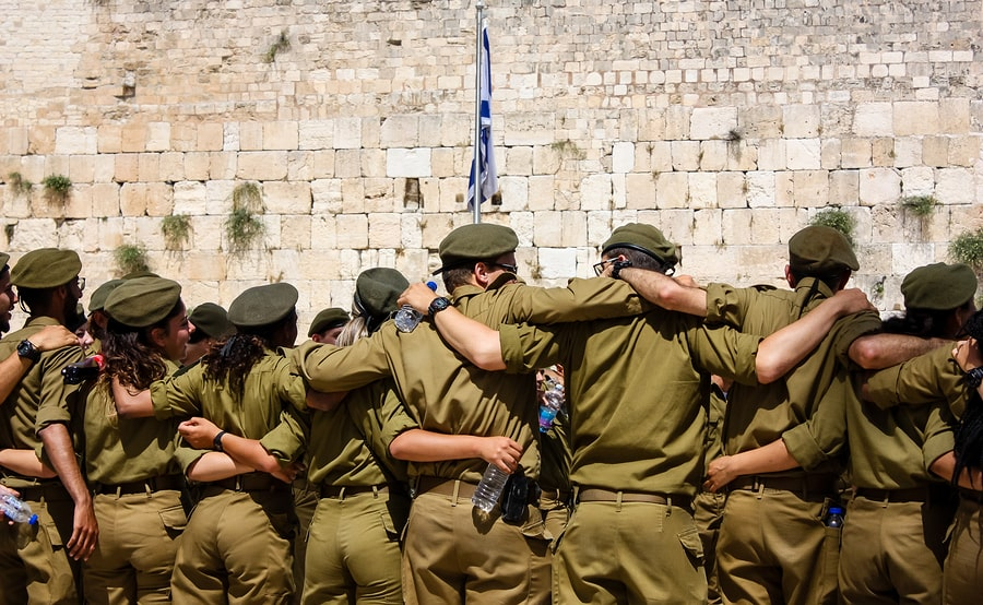 Soldiers at the Western Wall